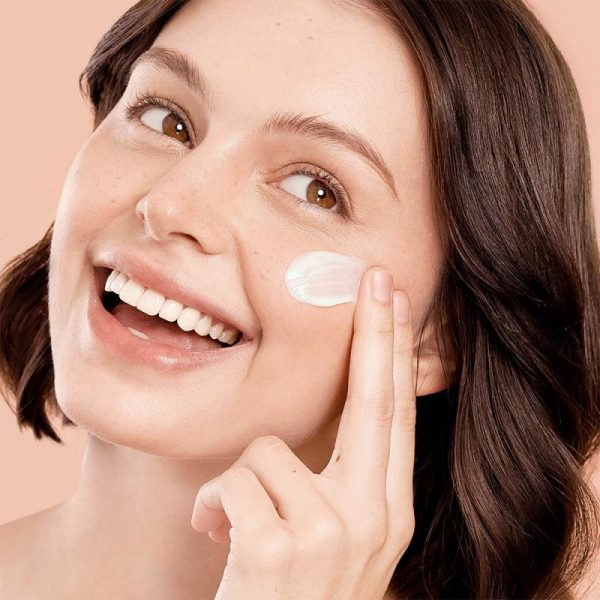 Happy Skin Hyaluronic + B3 Boost Water Cream